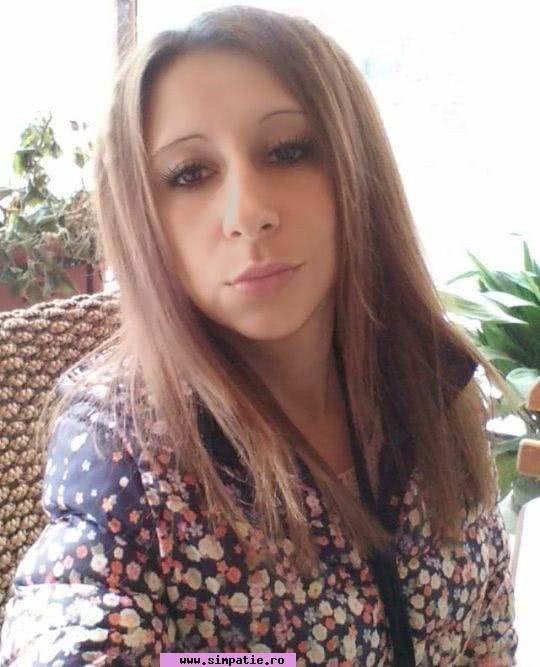 caut femei divortate costești un bărbat din Brașov care cauta femei singure din Oradea