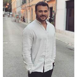 barbati din București care cauta Femei divorțată din Sighișoara