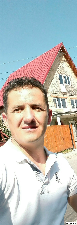 un bărbat din Sighișoara care cauta femei singure din București matrimoniale ghimbav