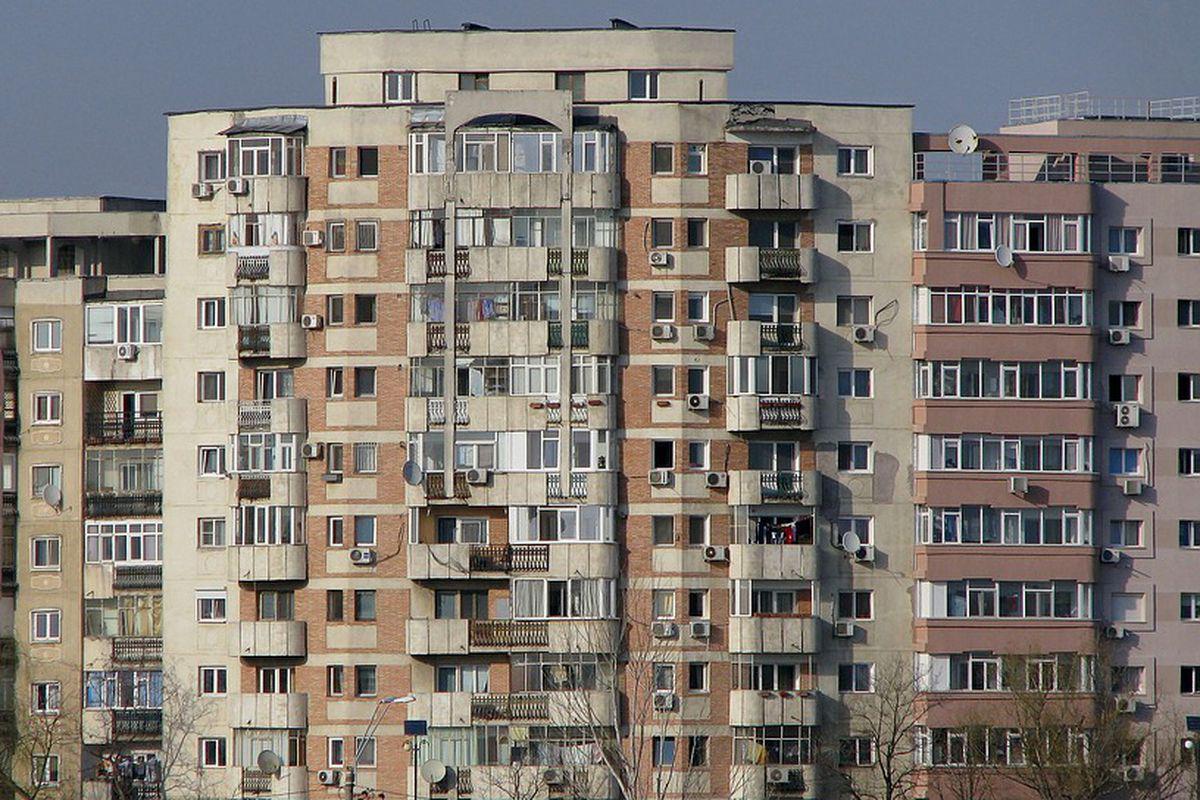 barbati din Drobeta Turnu Severin care cauta Femei divorțată din Reșița un bărbat din Iași care cauta Femei divorțată din Sibiu