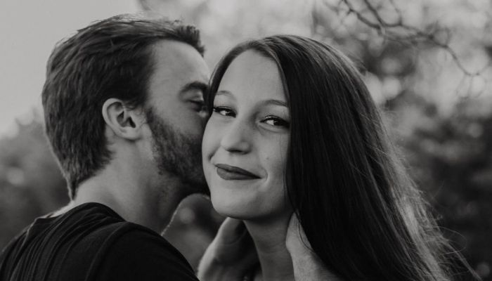 caut femei pe bani filiași fete căsătorite din Timișoara care cauta barbati din Constanța