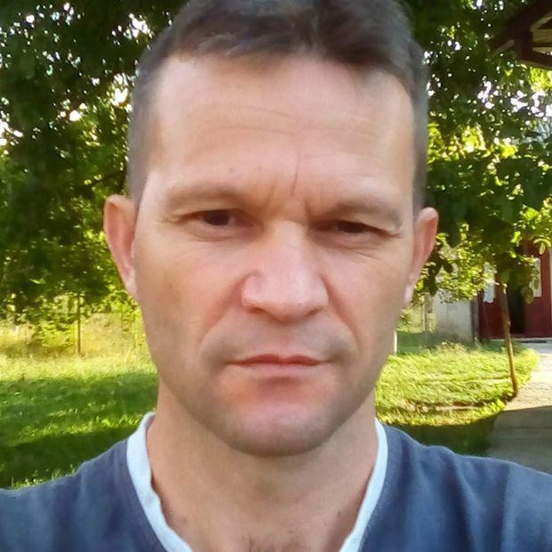 intalneste femei din panciu un bărbat din Brașov care cauta femei singure din Alba Iulia