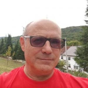 un bărbat din Cluj-Napoca care cauta femei singure din Slatina femeie singura caut barbat oradea
