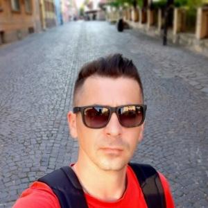 caut femeie din nova crnja femei frumoase din Sibiu care cauta barbati din Oradea