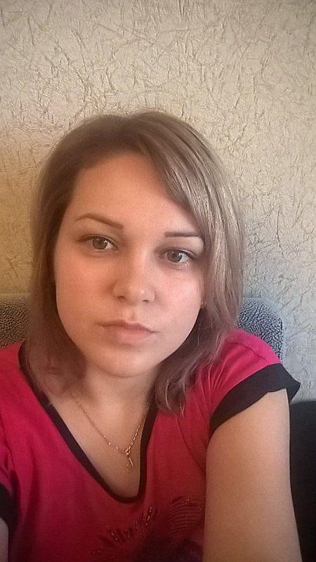 Femei care cauta barbati pentru casatorie - AlessyaDaniela