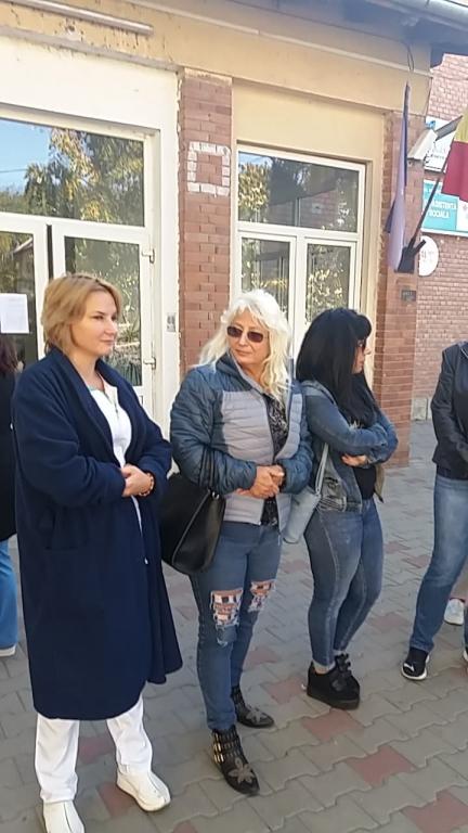 fete sexy din București care cauta barbati din Drobeta Turnu Severin femei frumoase din constanta