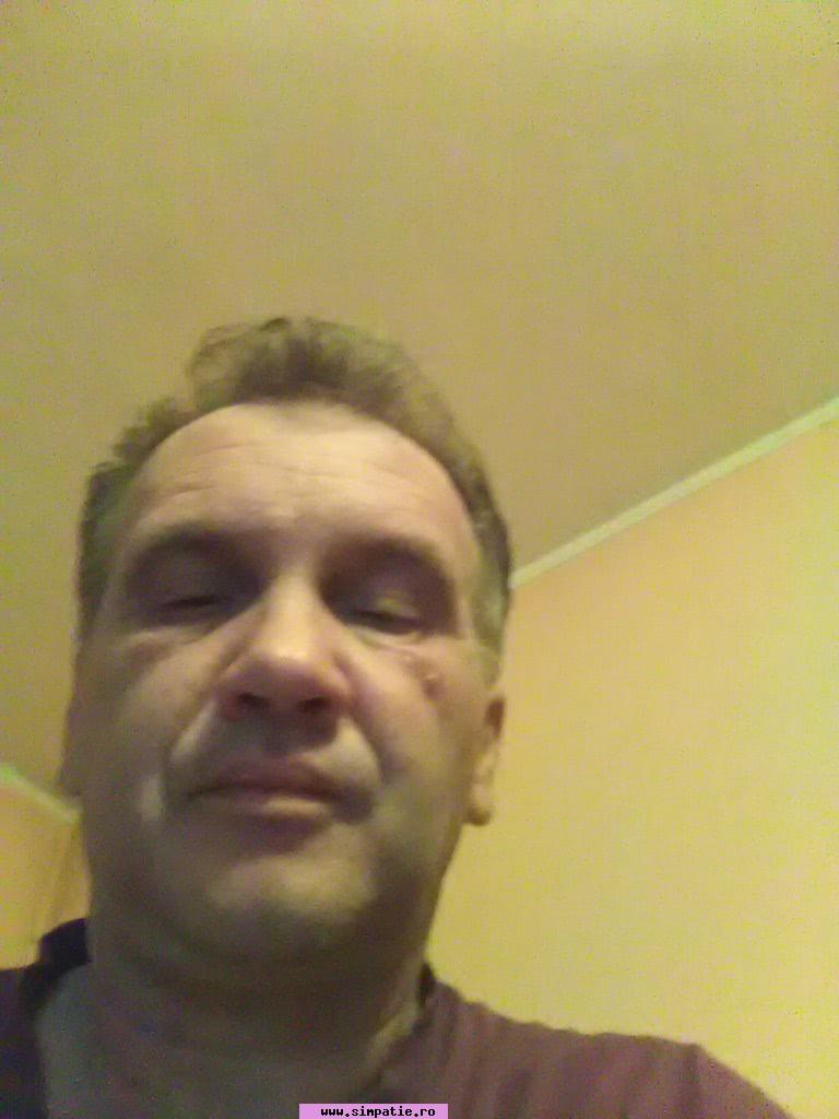 caut barbat pentru o noapte râmnicu vâlcea Caut căsătorite femei din Alba Iulia