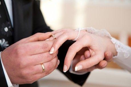 caut barbat bogat pentru casatorie Femei Singure In Cautare De Barbati Ciacova